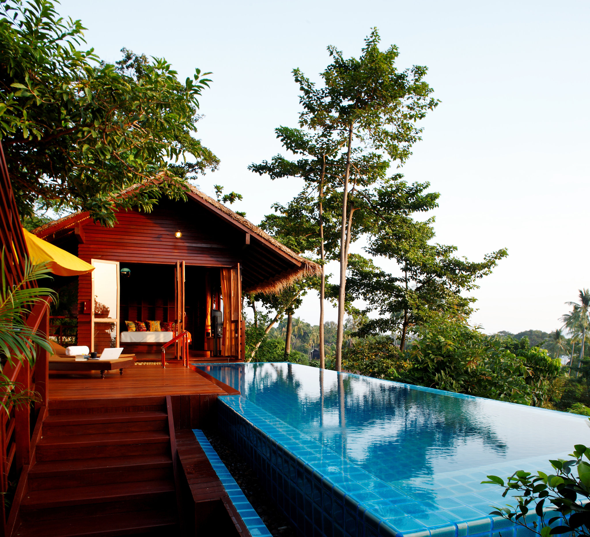 The Phi Phi Beach Resort Map: Zeavola, Luxury Hotel Koh Phi Phi, Thailand