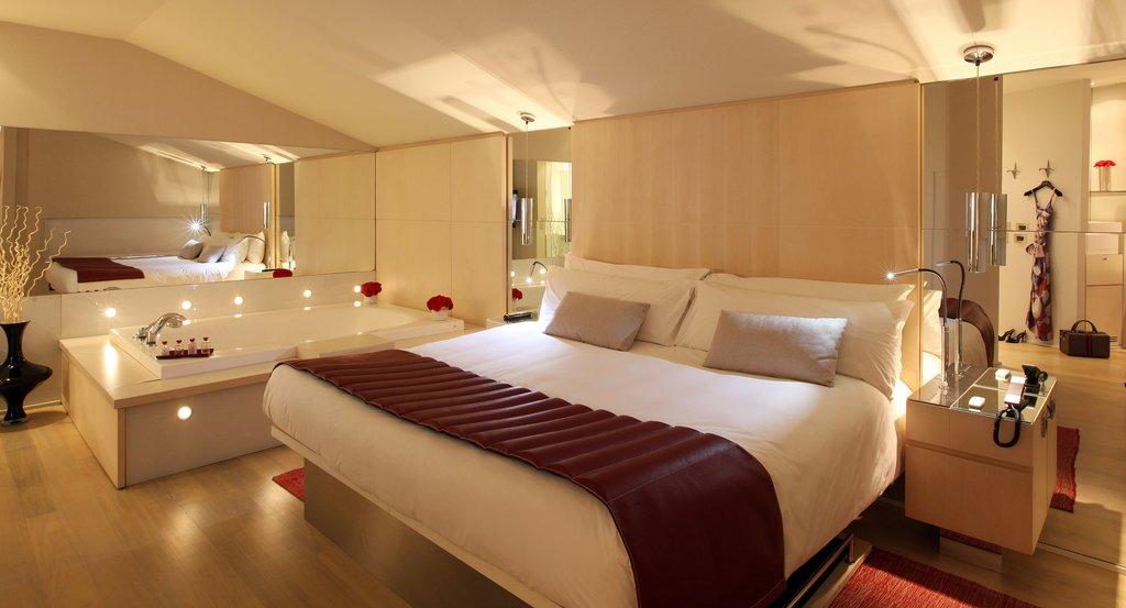 Rooms: Hotel Cram, Luxury Hotel In Barcelona, Spain