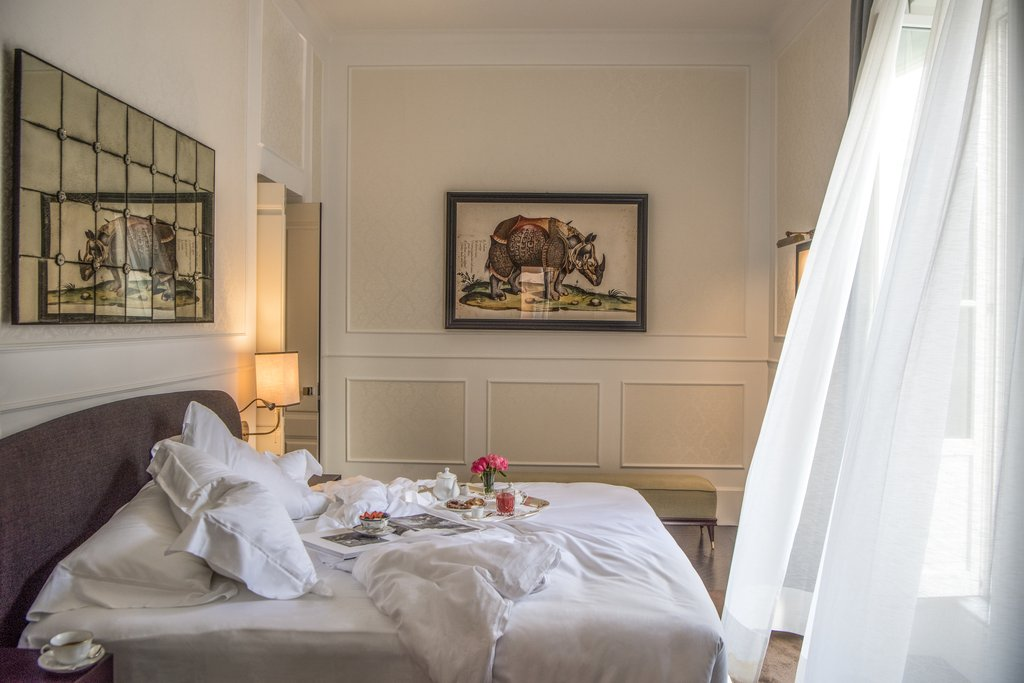 Hotel Vilòn, Luxury Hotel in Rome, Italy   SLH